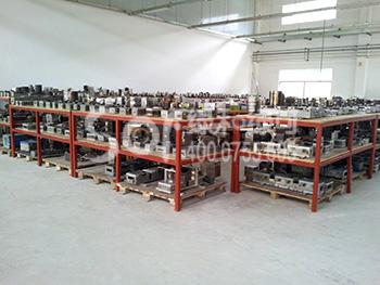 绿和工厂模具